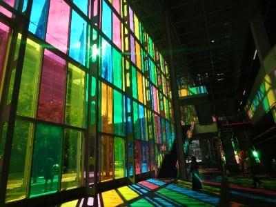 Canada_Mon..ny_rainbow1.jpg