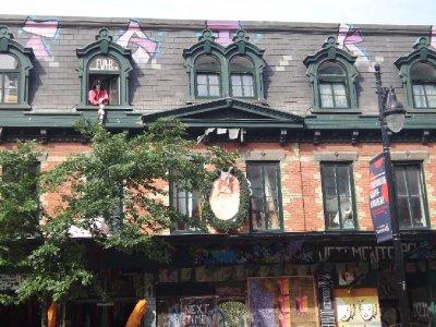 Canada_Montreal_Sony_shop.jpg
