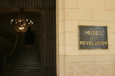 Cuba_SLR_Museumsign.jpg