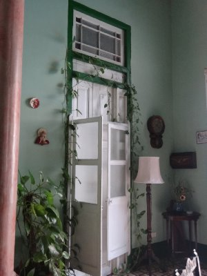 Cuba_Sony_Room4.jpg